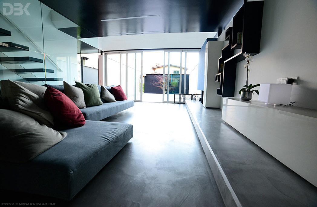 Appartamento Lago Lugano soggiorno servizio fotografico Barbara Parolini